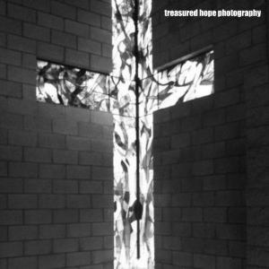 cross bw